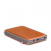 Decoded Leather Powerbank