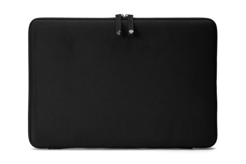"""Booq Hardcase S 13, černé pouzdro pro MacBook Pro 13"""" 2016"""