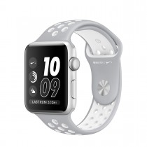 Apple Watch Nike+ - 38mm pouzdro ze stříbrného hliníku  s matně stříbrným / bílým sportovním řemínkem Nike